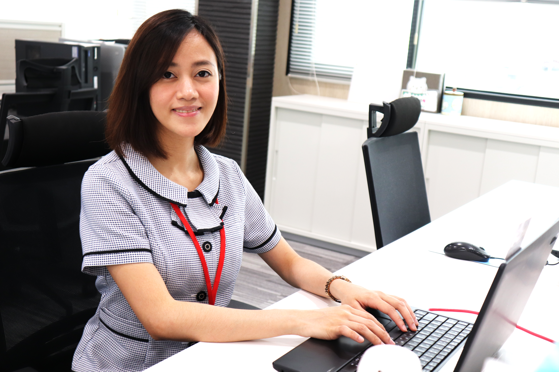 フィリピン出身の現場社員さんの通訳と総務事務で活躍。現場とのコミュニケーションがより円滑に。